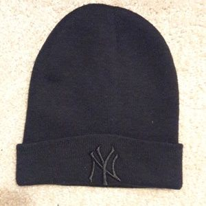 Other - NY Yankees Knit Hat